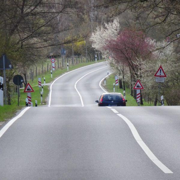 Die Straße nach Neubrandenburg